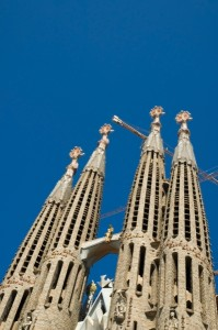 1118140-unfinished-gothic-cathedral-sagrada-familia-in-barcelona-spain